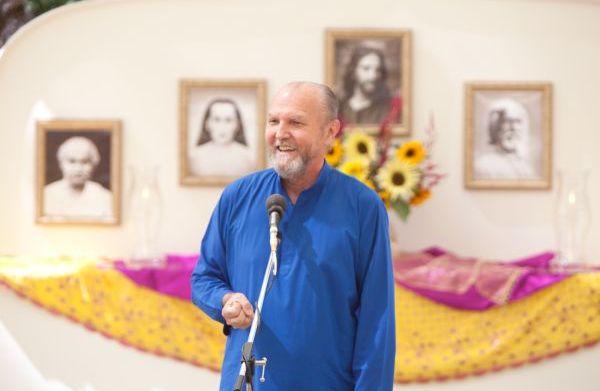 Nayaswami Jaya Teaching