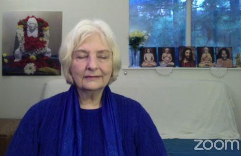Nayaswami Sadhana Devi Meditating