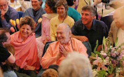 Swami Kriyananda Greeting People
