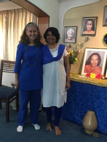 Latha with Nayaswami Bhajana